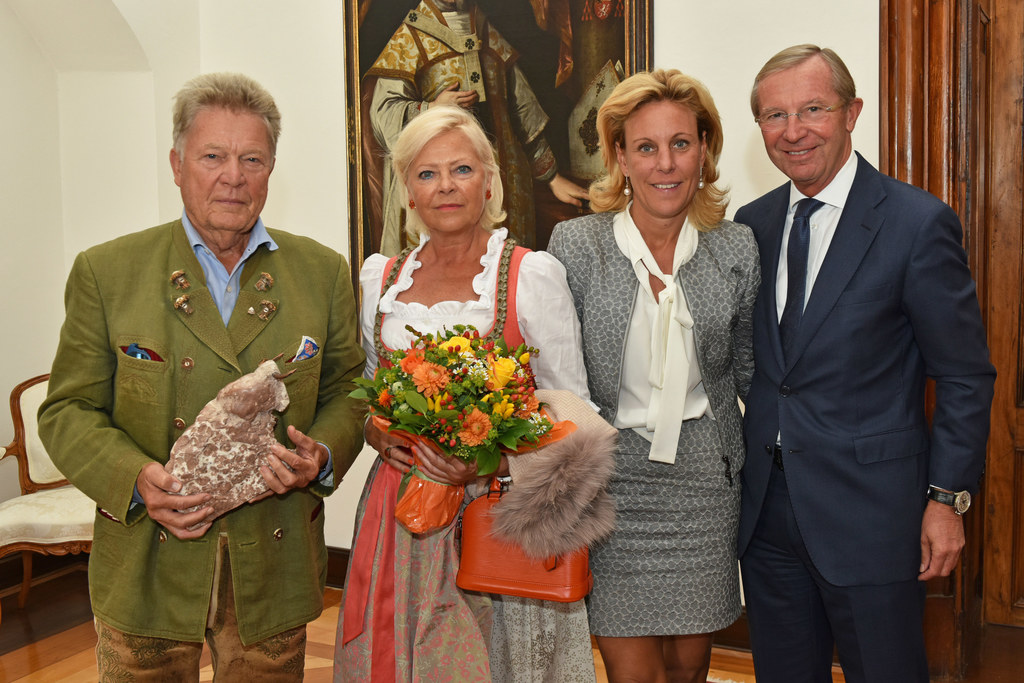 Rudi Quehenberger, Katharina Quehenberger, Christina Rösslhuber und Landeshauptm..