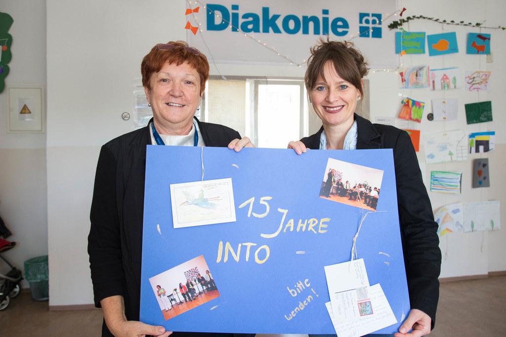 Einrichtungsleiterin Zerina Hadzihajdarevic und Landesrätin Martina Berthold