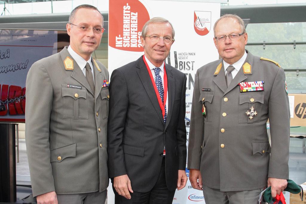 Rudolf Stridinger, Landeshauptmann Wilfried Haslauer und Heinz Hufler