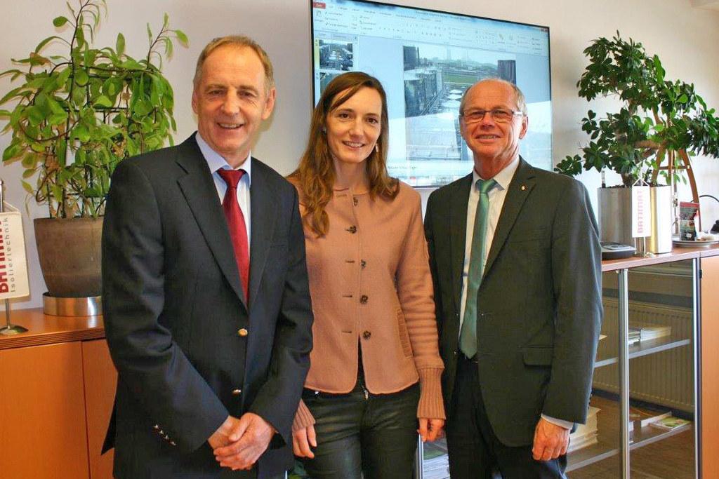 Geschäftsführer Josef Mikl, Prokuristin Barbara Schrank und LH-Stv. Christian St..
