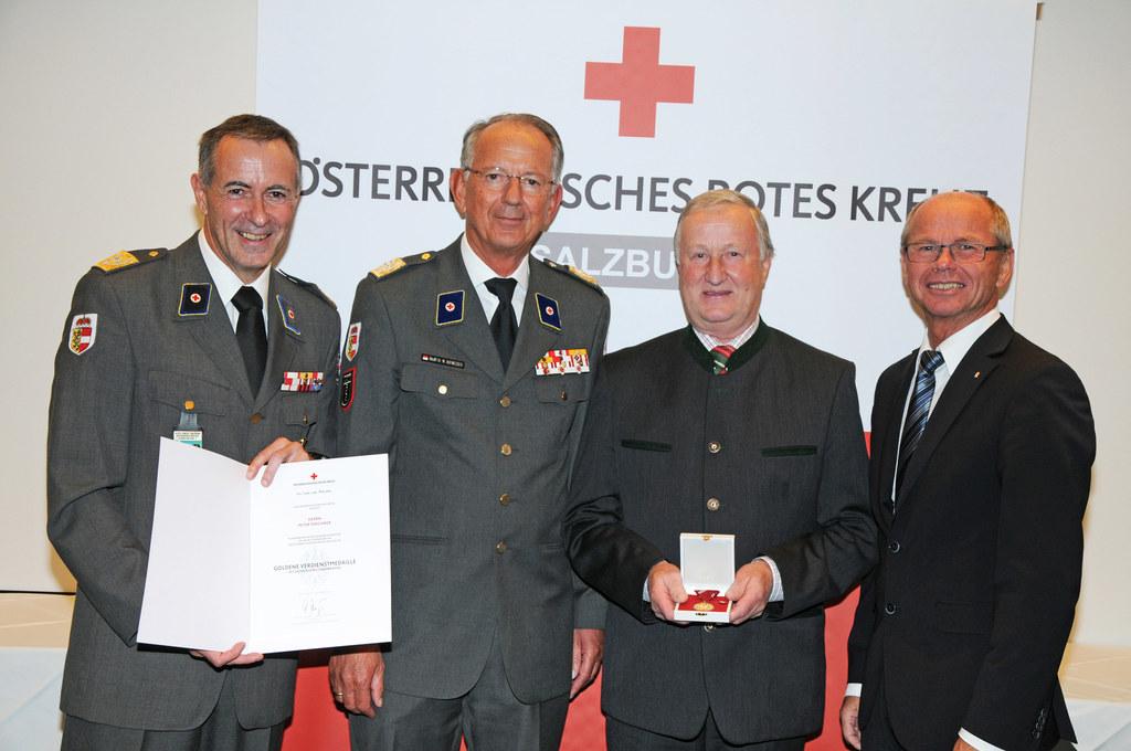 Landesrettungskommandant Anton Holzer, Rot-Kreuz-Präsident Werner Aufmesser, Pet..