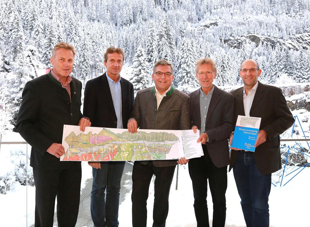 Friedrich Mair, Günther Brennsteiner, LR Josef Schwaiger, Manfred Nagl und Thoma..