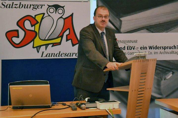Landesarchivdirektor Oskar Dohle beim Chronistenseminar 2013