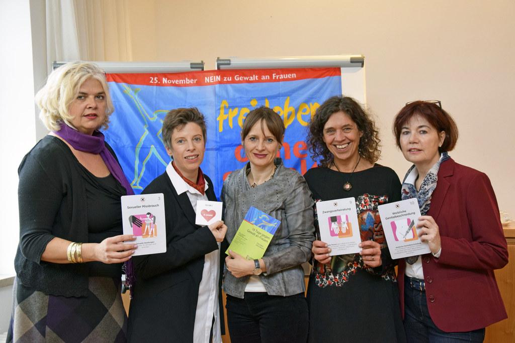Vize-BGM Anja Hagenauer; Alexandra Schmidt, Frauenbeauftragte der Stadt; LR Mart..