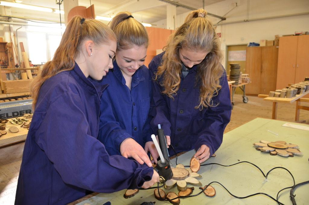 Schülerinnen der Polytechnische Schule Mattsee besuchten das Bundesheer