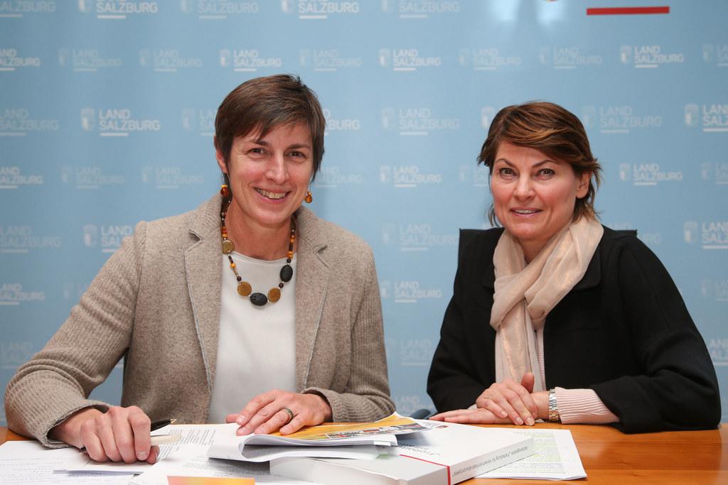 Landeshauptmann-Stellvertreterin Astrid Rössler und Christine Itzlinger