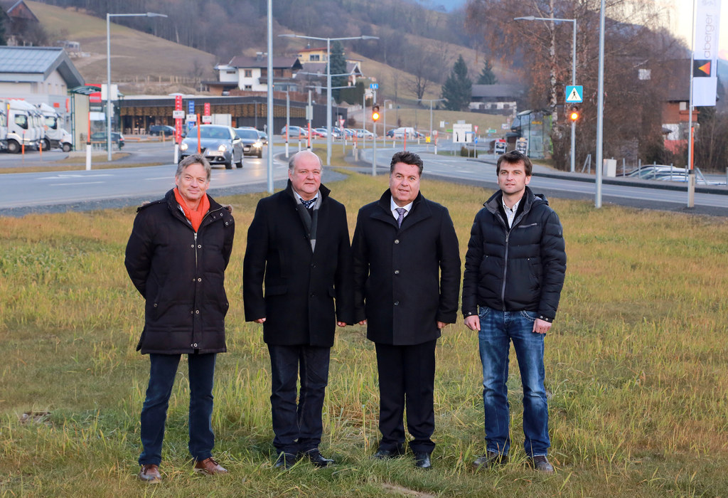 Kurt Heimer (Leiter LSTV), Bgm. Johann Warter, LR Hans Mayr und Bernhard Irnberg..