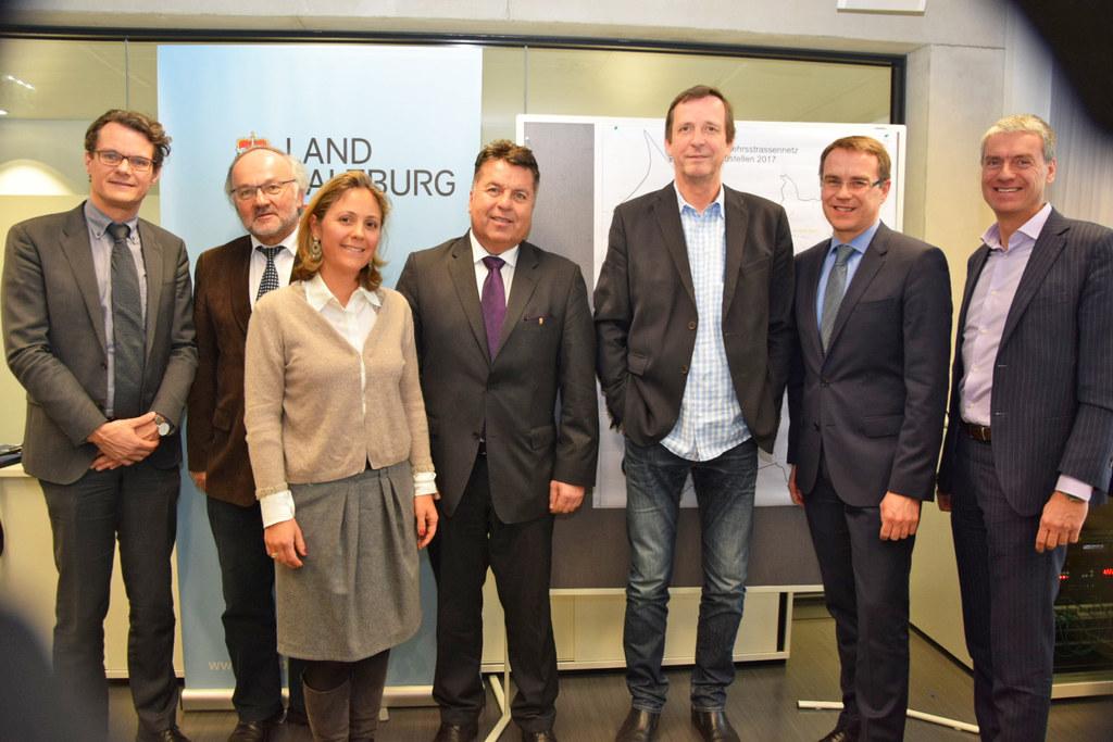Horst Ebner, Vorstand Salzburg AG, Sebald König, Staatliches Bauamt Traunstein, ..