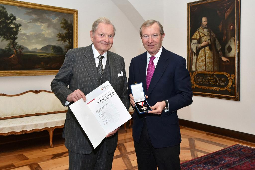 Ernst Piech und Landeshauptmann Wilfried Haslauer