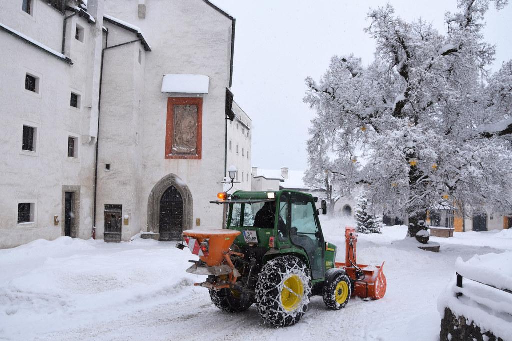 Schneeräumung auf der Festung