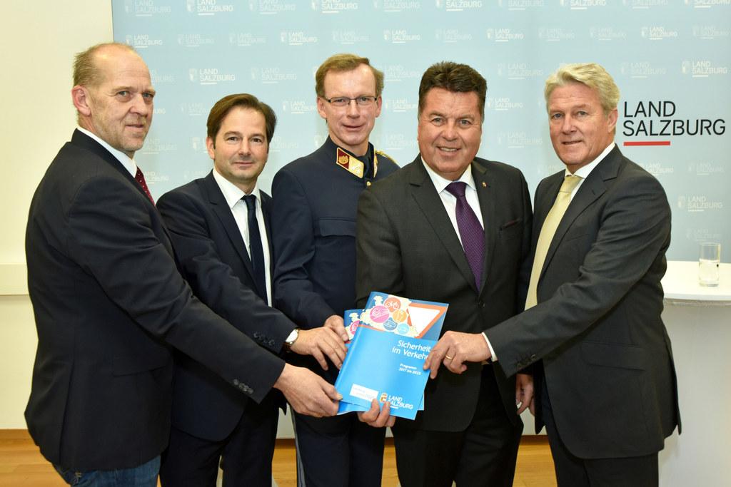 Günther Frühwirt, Martin Pfanner, Friedrich Schmidhuber, Landesrat Hans Mayr und..