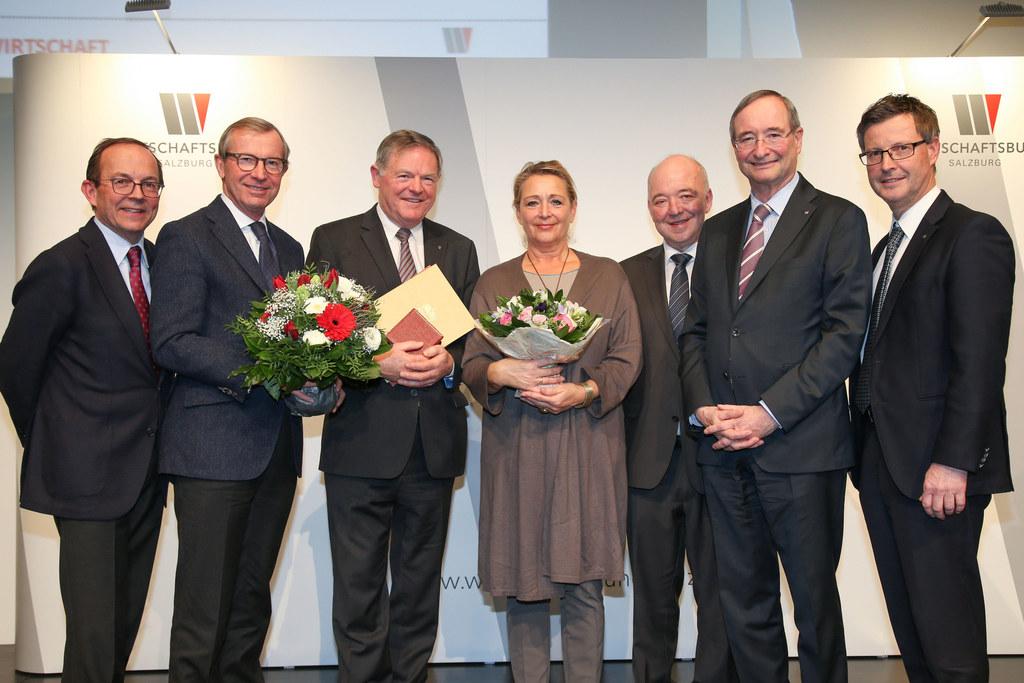 Ehrung ehemaligen Wirtschaftsbunddirektor Franz Riedl. Im Bild (v.l.n.r.): GS Ab..
