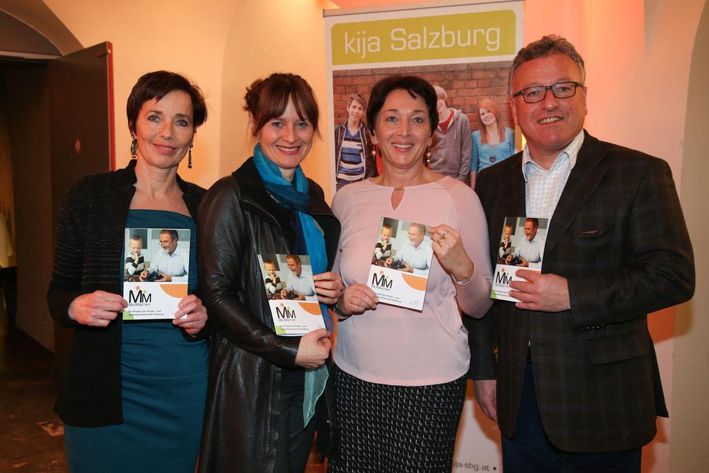 Andrea Holz-Dahrenstaedt Salzburger Kinder- und Jugendanwältin, LR Martina Berth..