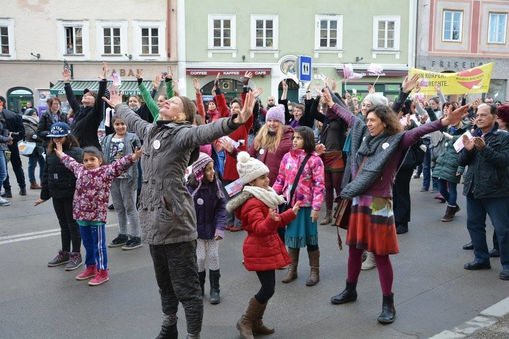 Salzburgs Frauen bei One Billion Rising