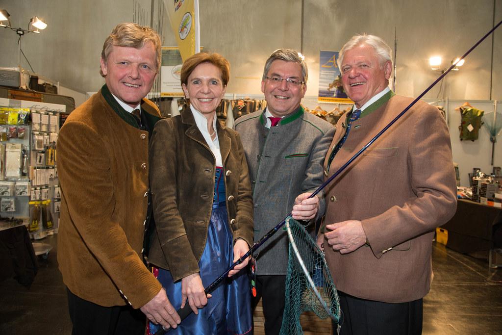 Eröffnung der Messe Hohe Jagd und Fischerei im Messezentrum Salzburg Landesfisch..