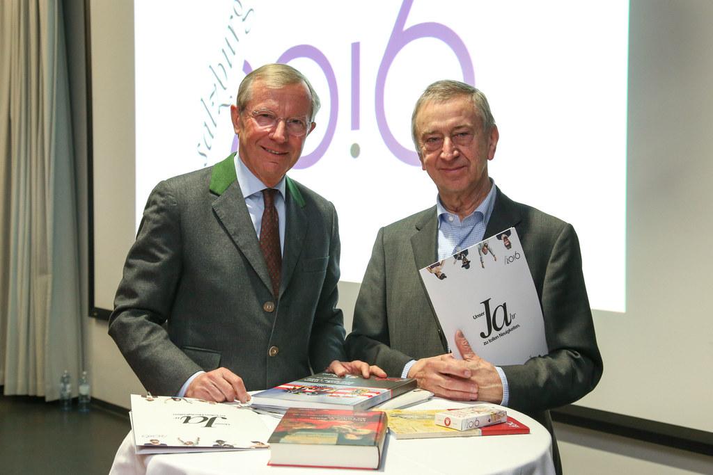 Landeshauptmann Wilfried Haslauer und Friedrich Urban GF der Salzburg 20.16 GmbH