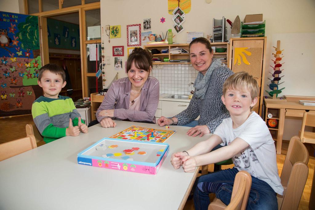 Elias mit Landesrätin Martina Berthold und Ulrike Laimer und Xaver