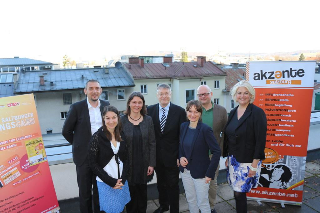 v.li. Bernhard Bachofner, Vorsitzender der Jungen Industrie Salzburg, Isabel Boj..