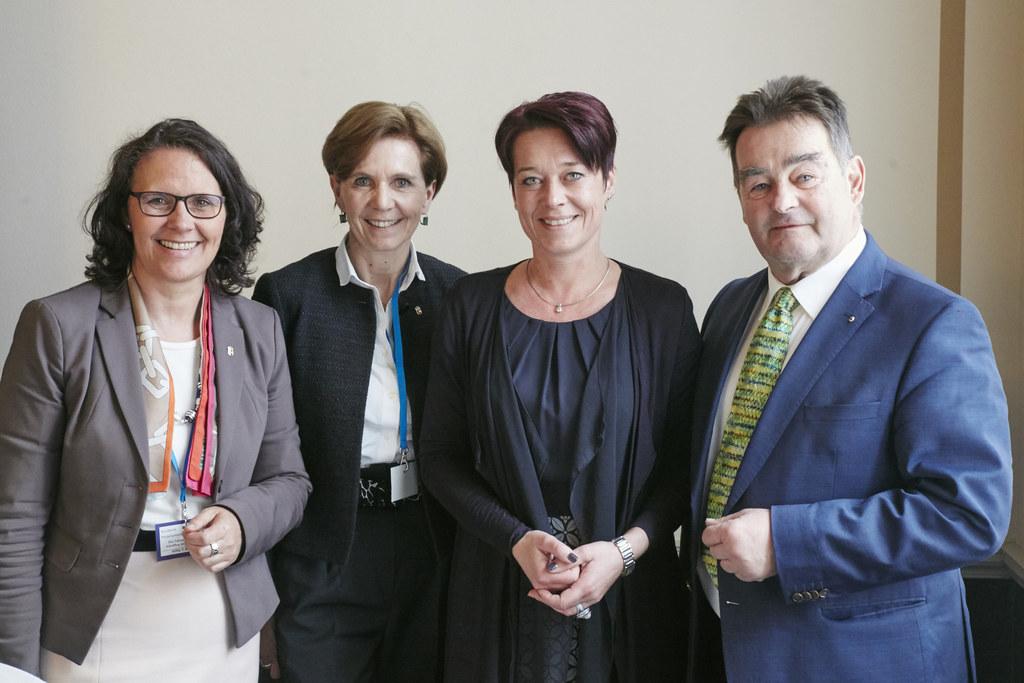 Daniela Gutschi, Landtagspräsidentin Brigitta Pallauf, Bundesrats-Präsidentin So..
