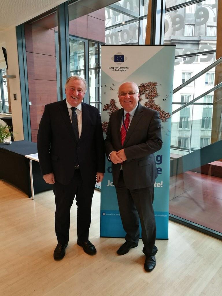 Erster Vizepräsident des Ausschusses der Regionen Karl-Heinz Lambertz und Salzbu..
