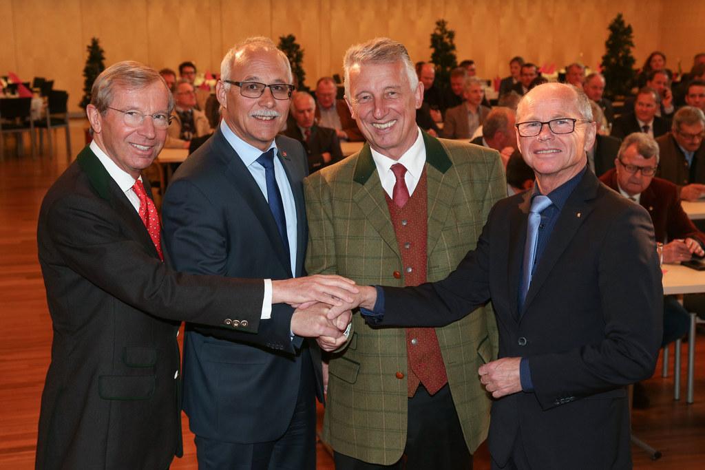 LH Wilfried Haslauer, Günther Mitterer Präsident des Salzburger Gemeindeverbande..