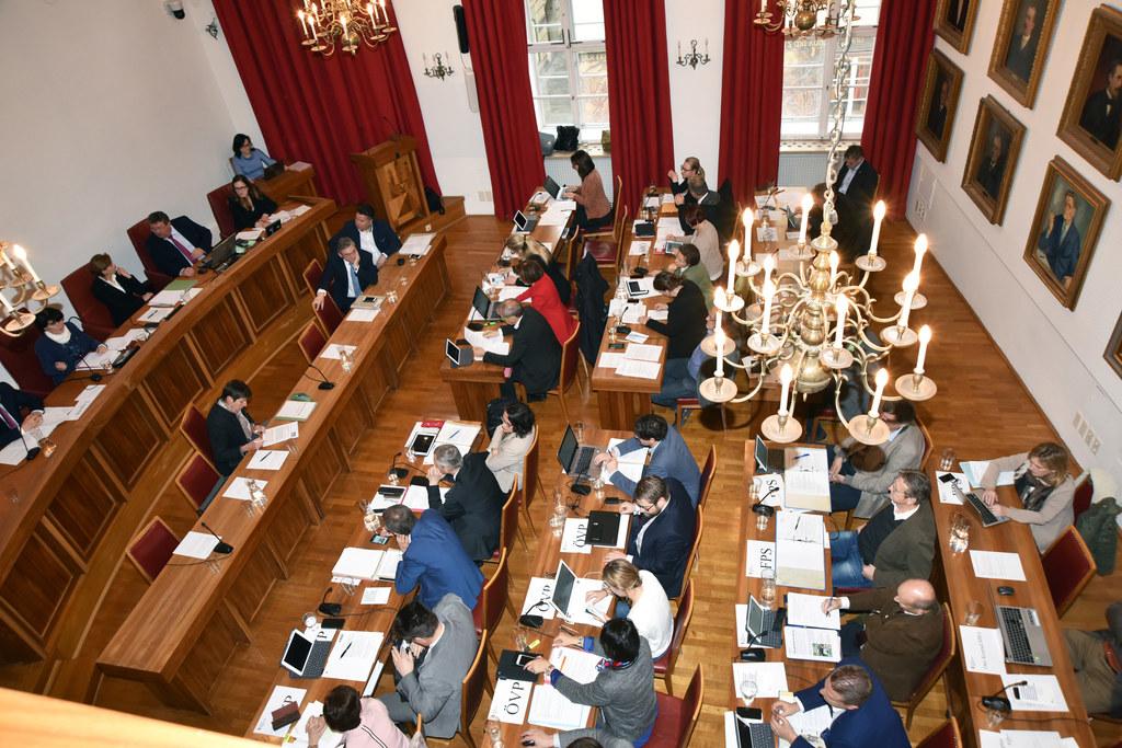 Ausschussberatungen des Salzburger Landtages im Rathaus.