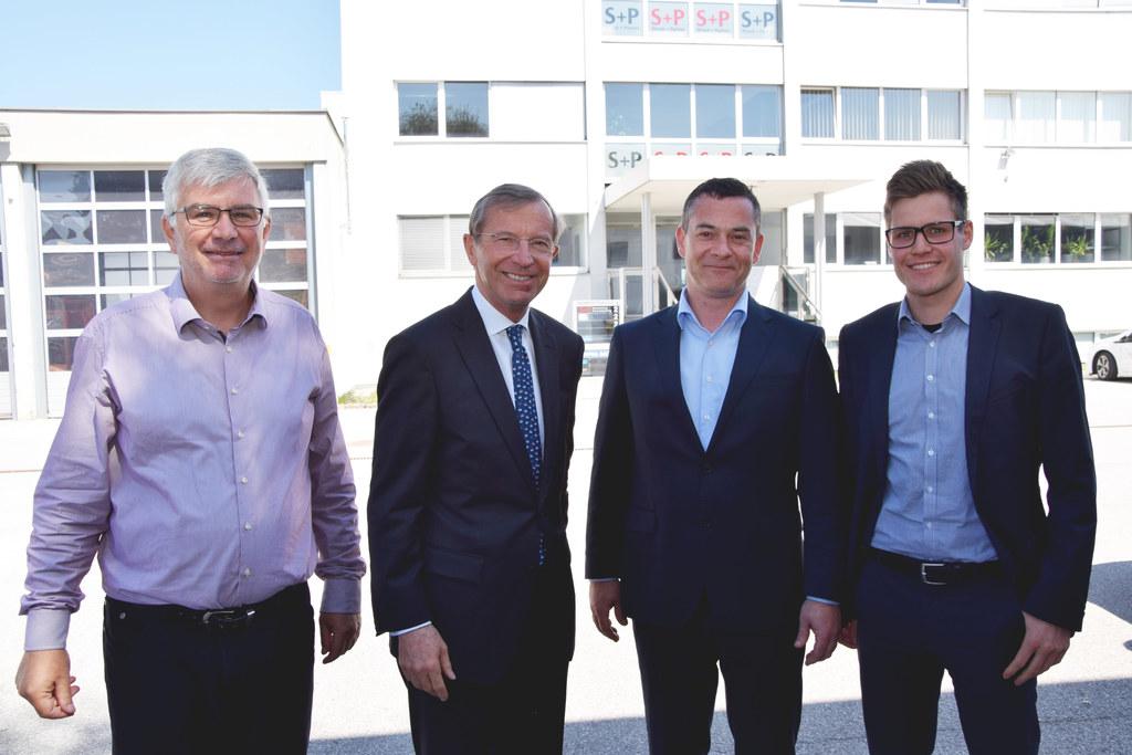 Peter Rauter (Rauter GmbH), Landeshauptmann Wilfried Haslauer, Gerald Eigenstuhl..