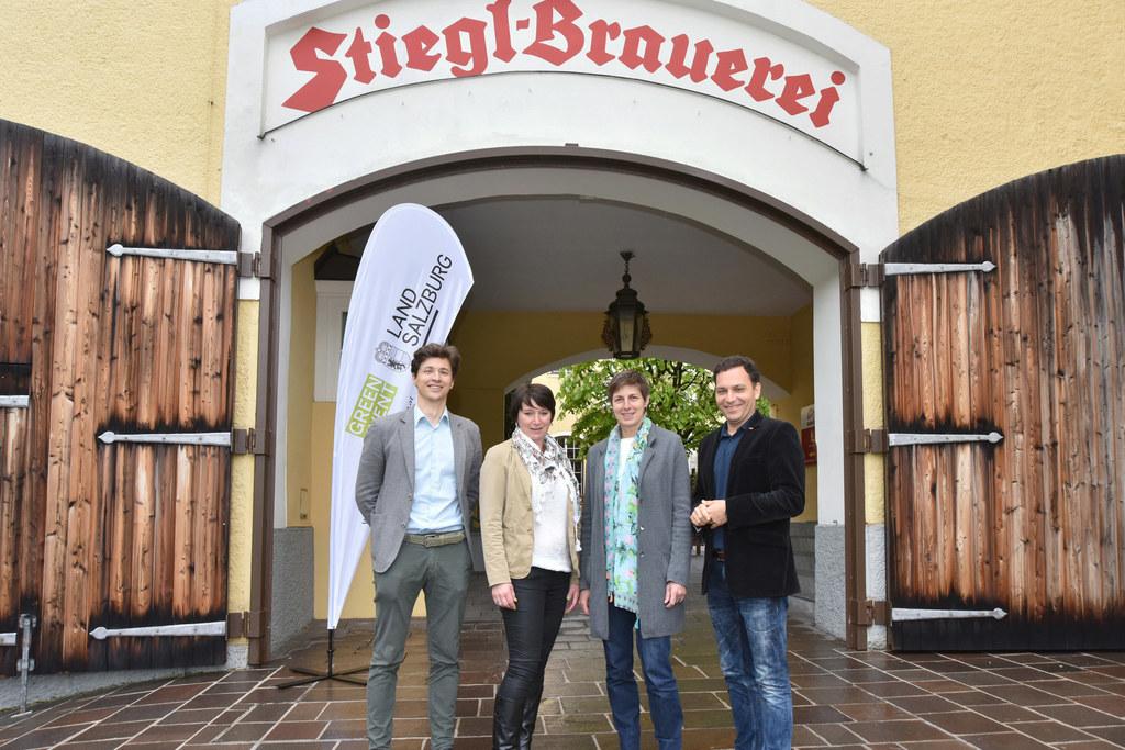 Markus Zeiner, Sabrina Felhofer, Landeshauptmann-Stellvertreterin Astrid Rössler..