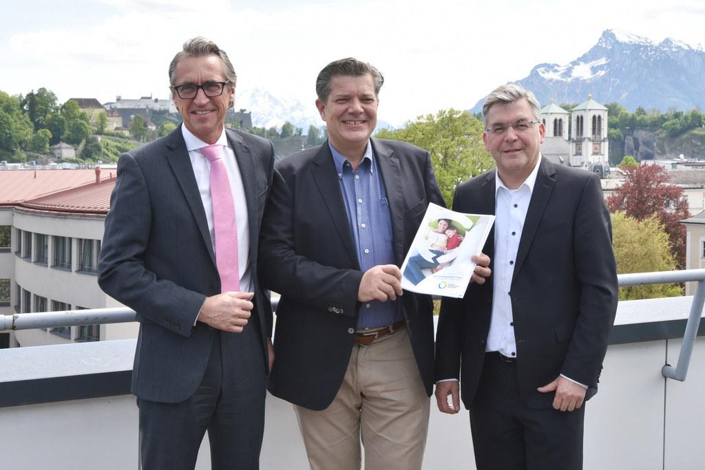 Bild v. li.:  Leonhard Schitter, Andreas Rotter und Landesrat Josef Schwaiger
