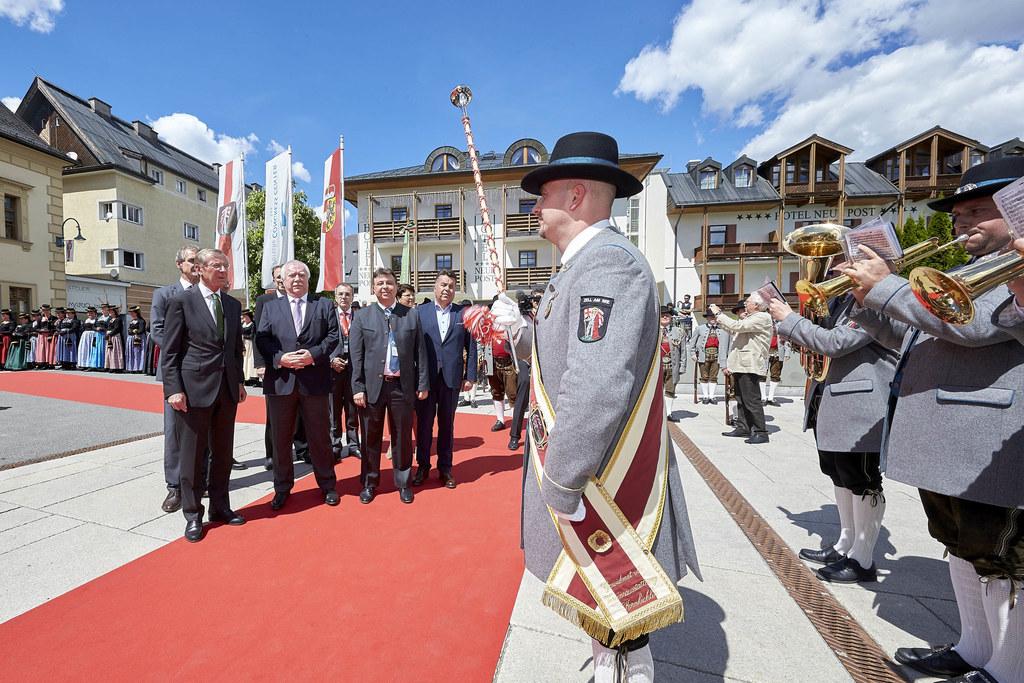 Landeshauptmann Wilfried Haslauer und Landesrat Hans Mayr bei der Eröffnung des ..