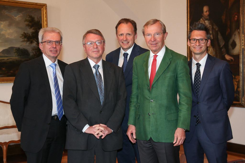 Vizepräsident Walter Arnberger, Präsident Karl Forstner, Vizepräsident Jörg Hutt..