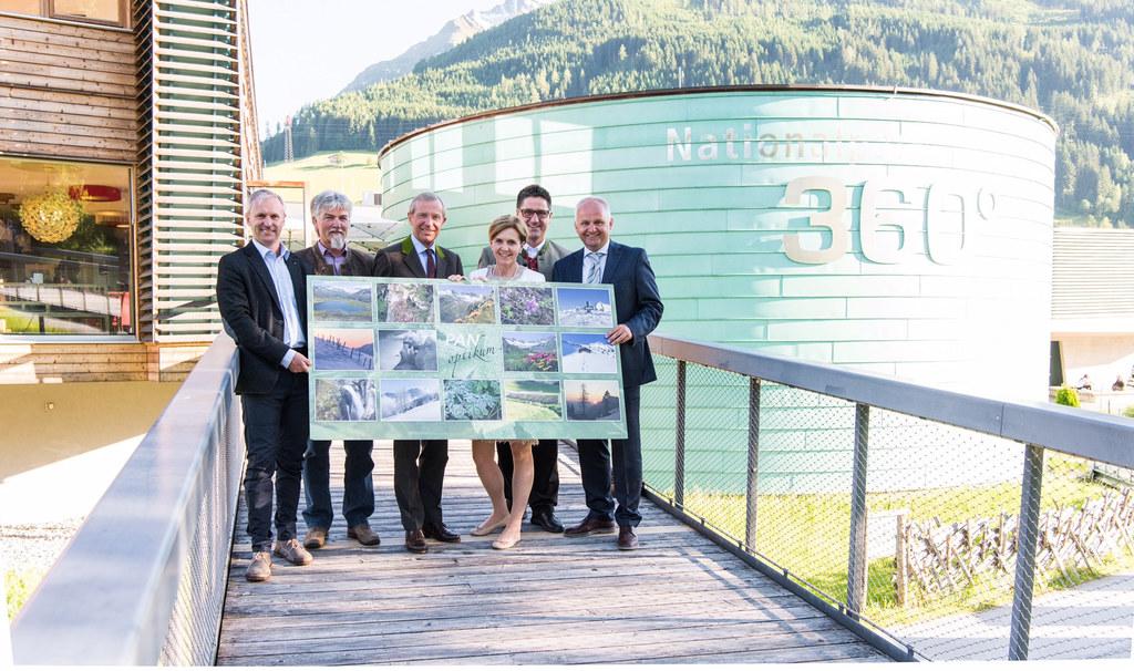 LH Wilfried Haslauer eröffnete heute Donnerstag, 8. Juni 2017, die Fotoaustellun..