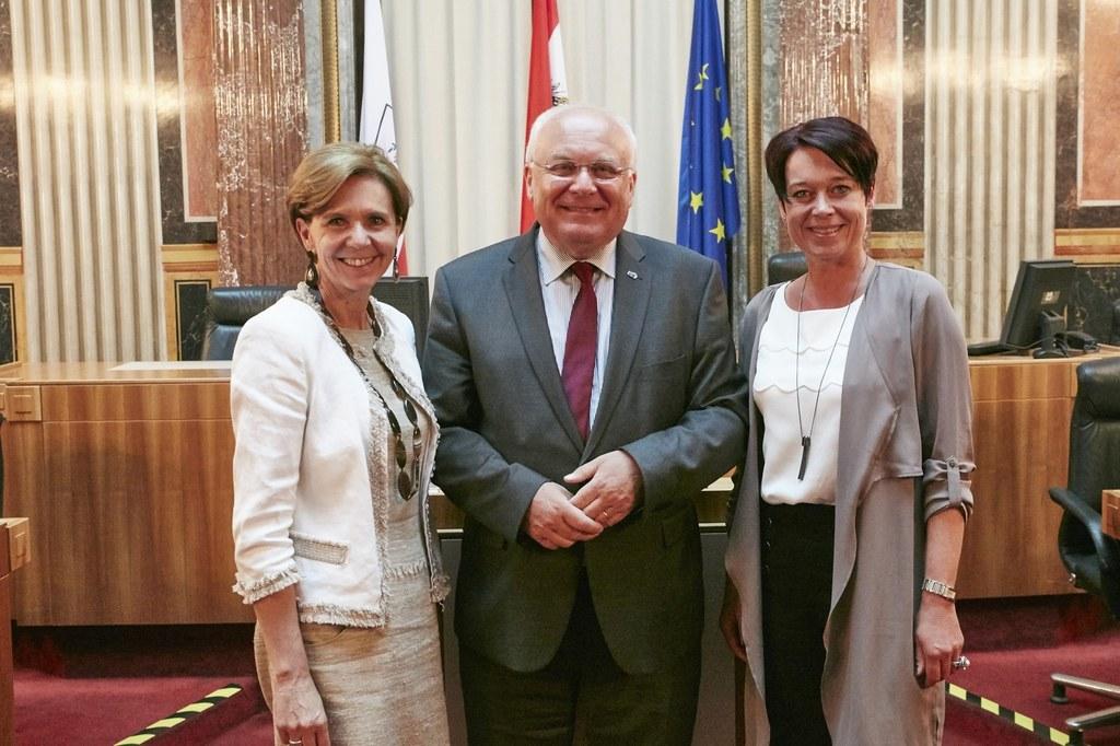 von rechts: Bundesratspräsidentin Sonja Ledl-Rossmann (V), Landeshauptmnann a.D...