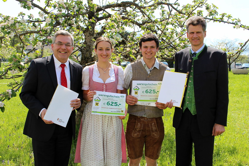 Landesrat Josef Schwaiger, Anna-Lena Jahner (Traunstein), Michael Wintersteller ..