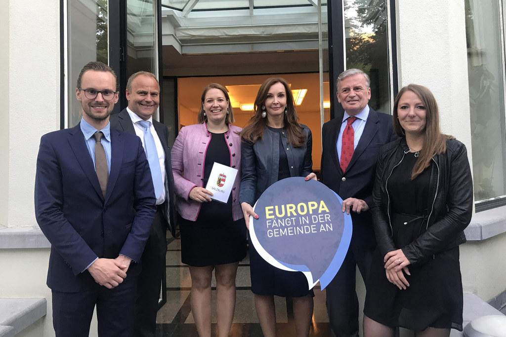 Lucas Perterer Außenministerium (Salzburger), EU-Gemeinderat Johannes Vogl, Tina..