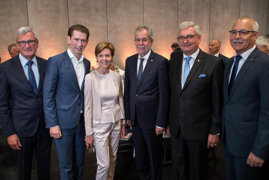 Harald Preuner, Sebastian Kurz, Landtagspräsidentin Brigitta Pallauf, Bundespräs..