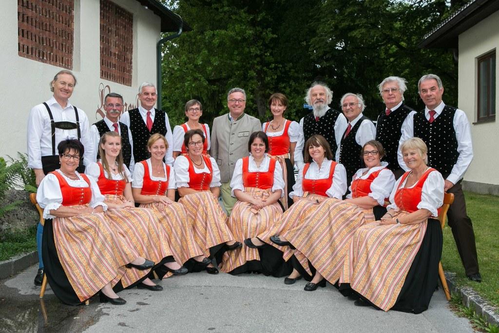 Landesrat Heinrich Schellhorn mit dem Kärntner Chor Salzburg