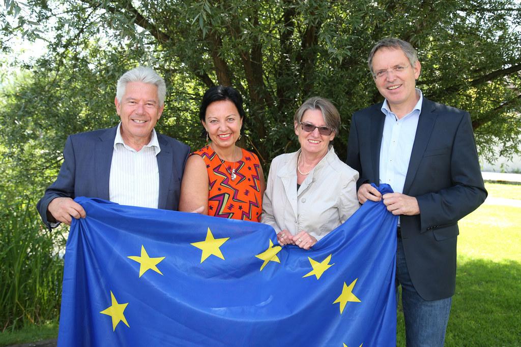 Im Bild von Links: Bürgermeister JosefTagwercher (Sprecher der Europa-2020-Steue..