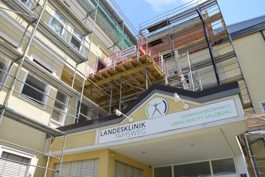 Die Sanierungsarbeiten bei der Landesklinik Tamsweg laufen nach Plan.