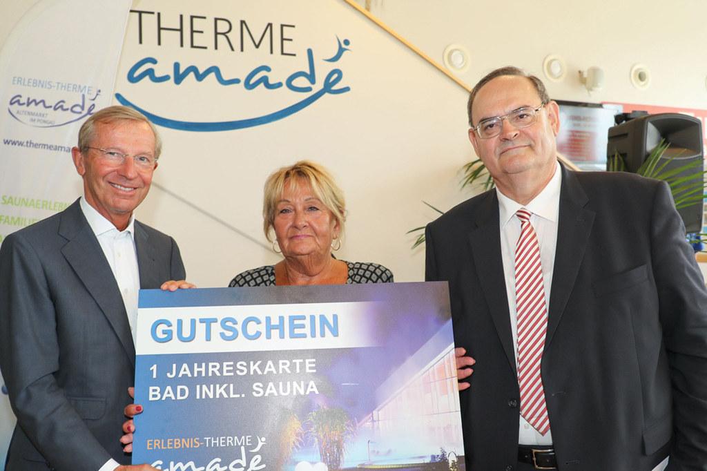 Landeshauptmann Wilfried Haslauer (li.) und Felix Pichler von der Erlebnis-Therm..