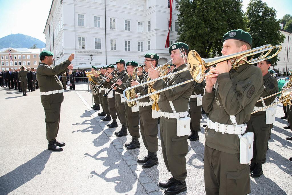 Bundespräsident Alexander Van der Bellen wird am nächsten Samstag mit militärisc..