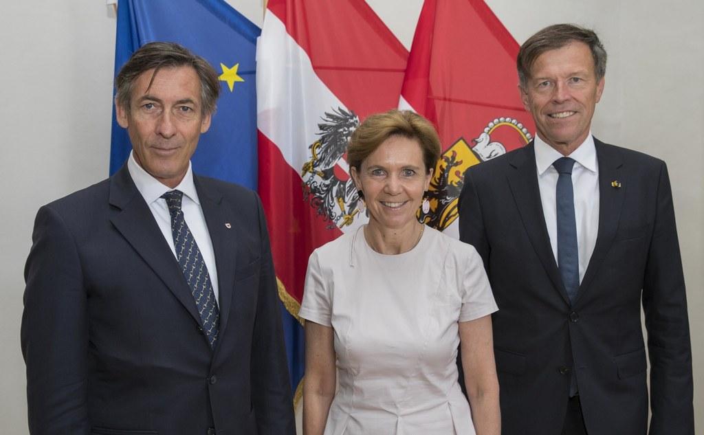 Landtagsvizepräsident Thomas Widmann, Landtagspräsidentin Brigitta Pallauf und L..
