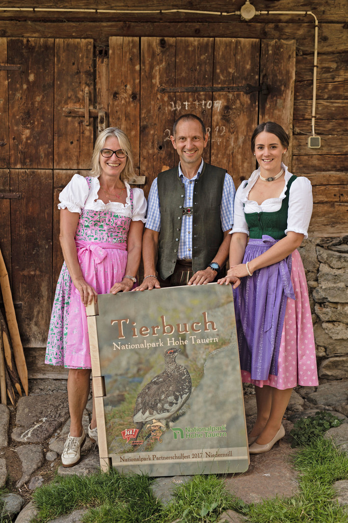 Ja!Natürlich-Geschäftsführerin Martina Hörmer, Nationalparkdirektor Wolfgang Urb..