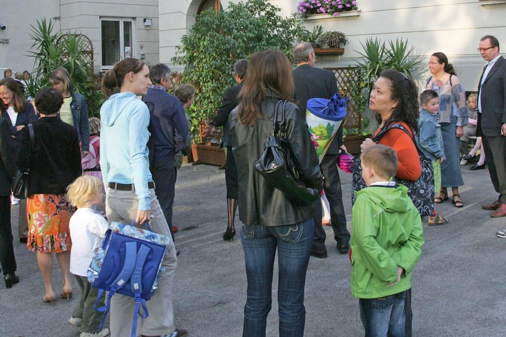 Das Land Salzburg unterstützt Familien zum Schulstart