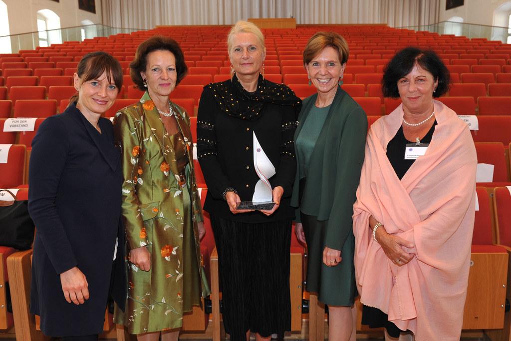 Landesrätin Martina Berthold, Botschafterin Elisabeth Tichy-Fisslberger (Sektion..