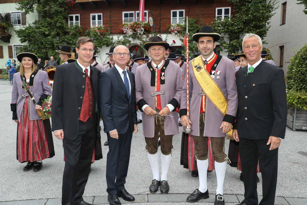 Im Bild v.l. Vizebürgermeister Erwin Tockner, Landeshauptmann-Stellvertreter Chr..