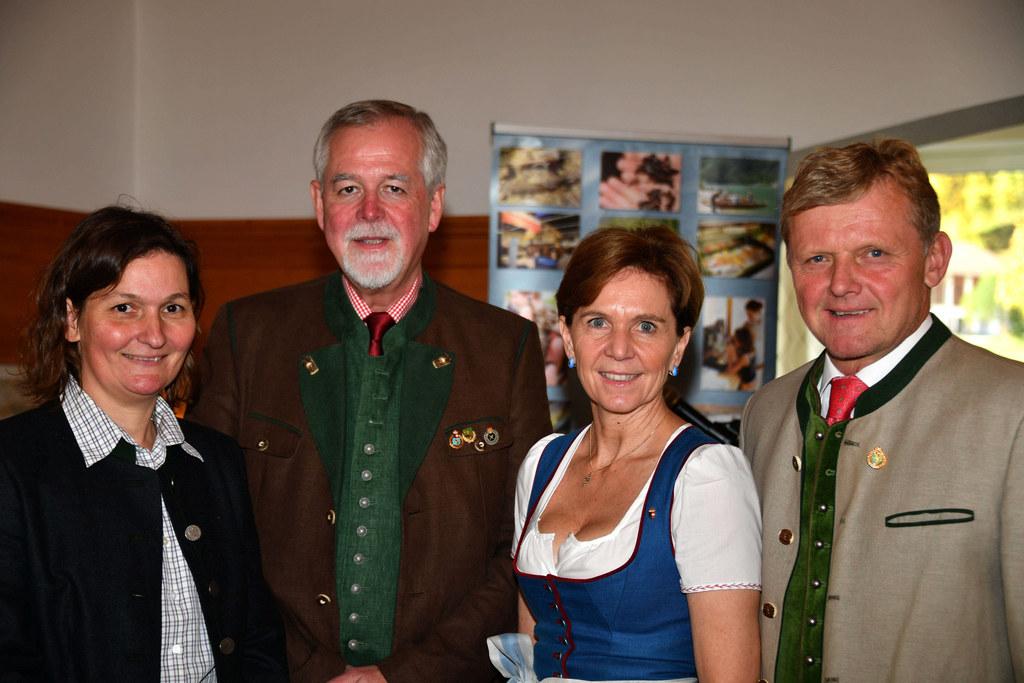 Daniela Latzer (Geschäftsführerin LFV), Andreas Wiskocil (Bezirksfischermeister ..