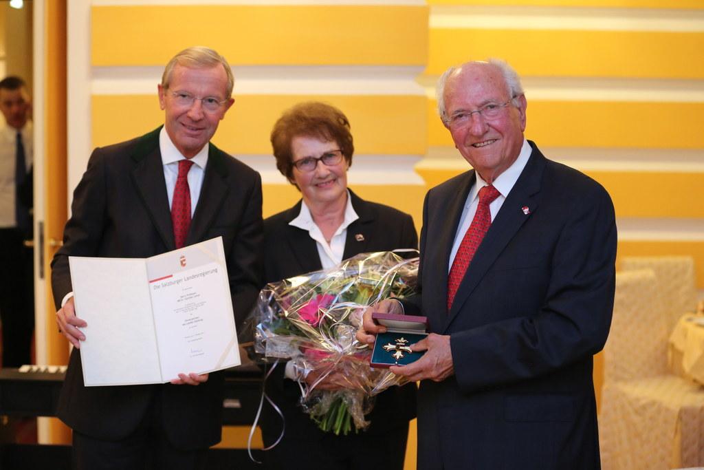 Landeshauptmann Wilfried Haslauer, Hanna Leiner und Günther Leiner.