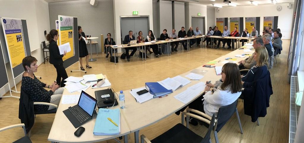 Neues Raumordnungsgesetz in den Regionen vorgestellt und diskutiert.