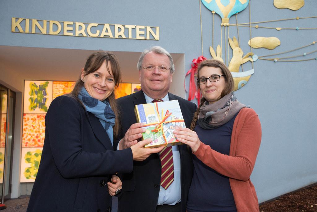 Landesrätin Martina Berthold, Bgm. Richard Hemetsberger und Leiterin Alexandra F..